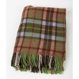 New Ireland Pure New Wool Throw Blanket Green Tan